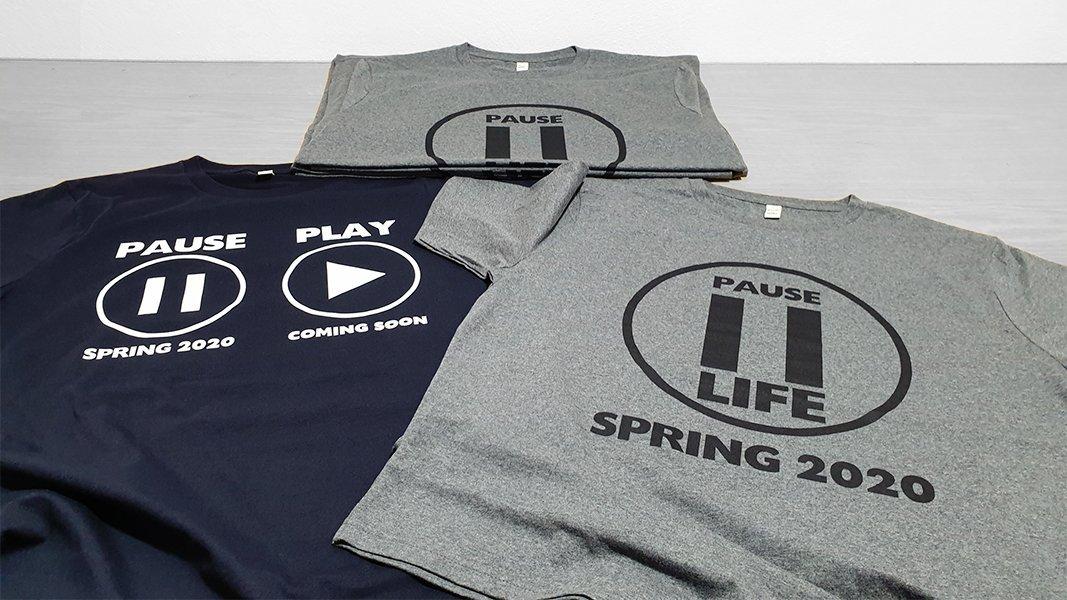Ψηφιακή εκτύπωση Τ-shirt με νέα σχέδια στο πνεύμα της εποχής